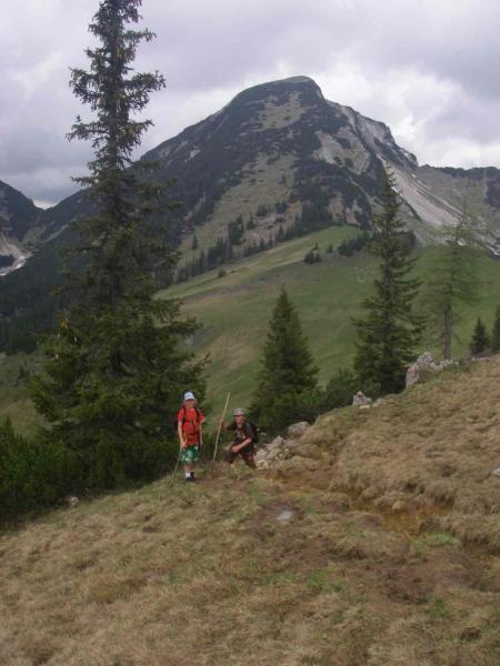 Luca und Anton - im Hintergrund das Sonntagshorn